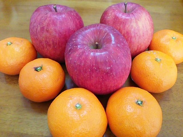 ミカンとリンゴ