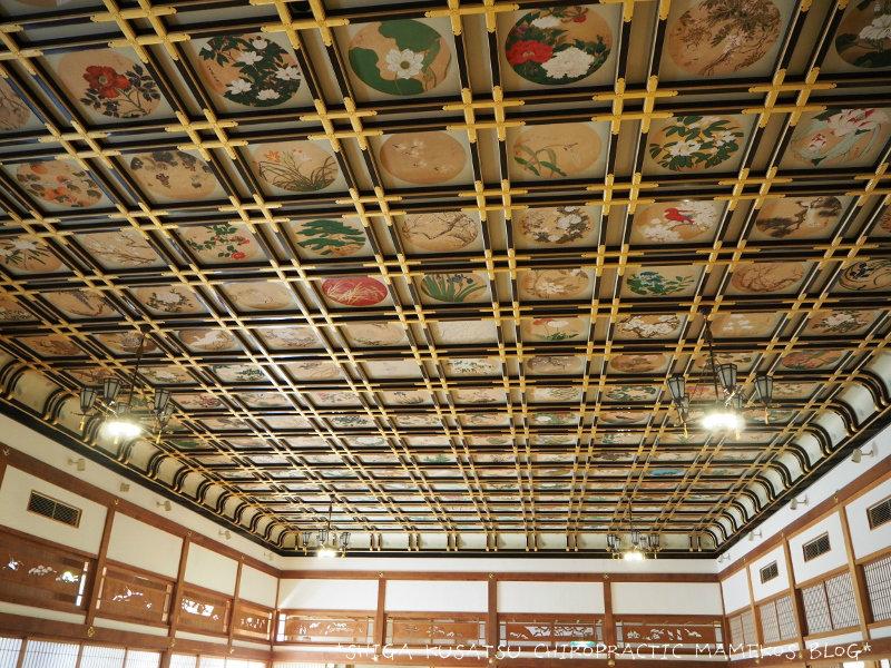 絵天井の大広間